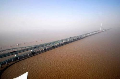 世界最长的跨海大桥主体贯通 中国桥梁有多牛